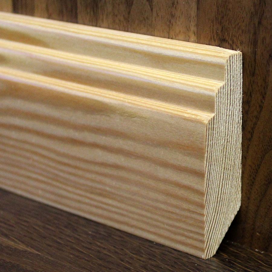 Деревянный плинтус из сосны