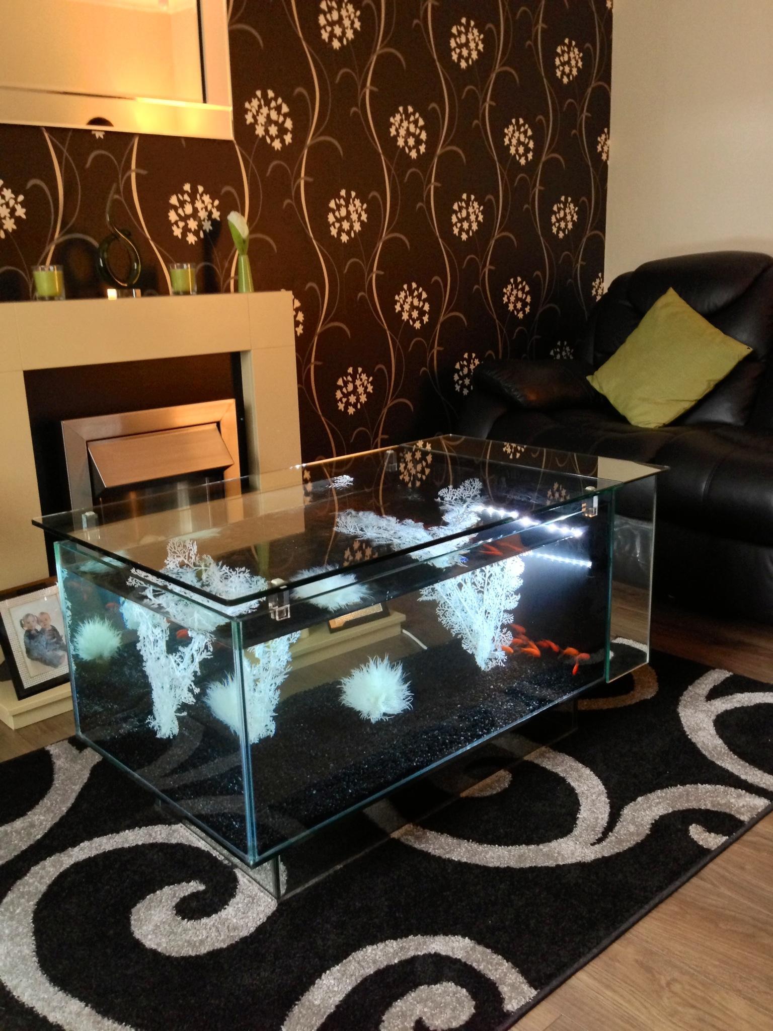 Декор для аквариума столика