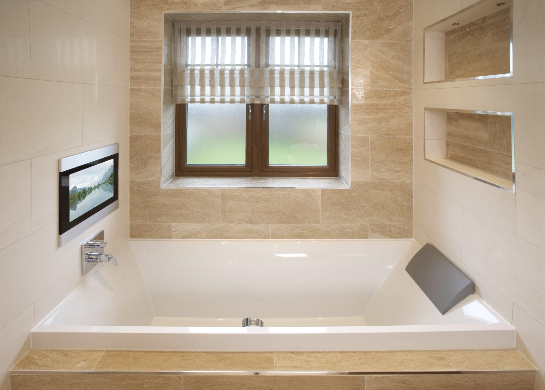 Телевизор с терморегулятором в ванной