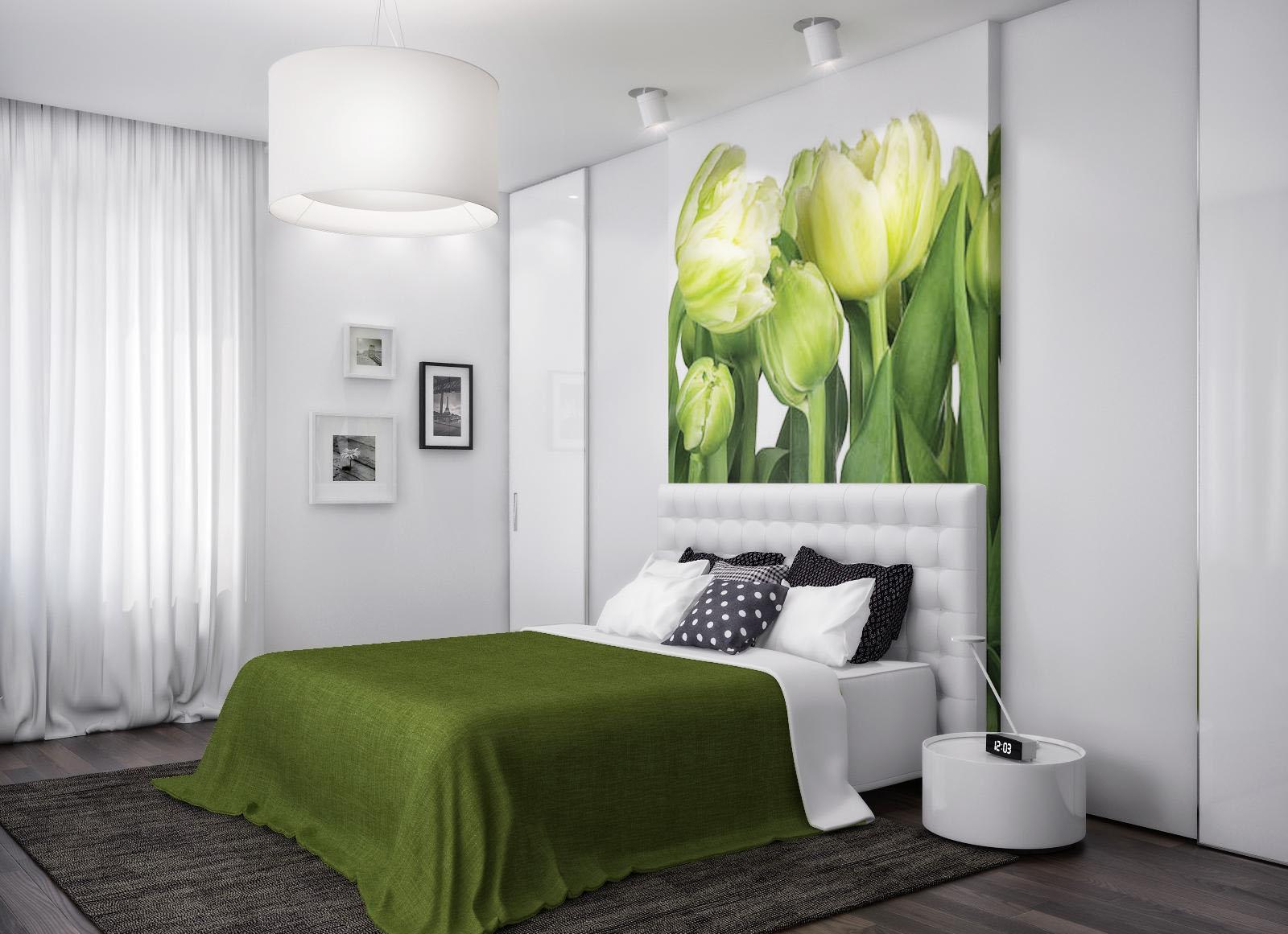 """Фотообои """"тюльпаны"""" над кроватью в интерьере спальни"""