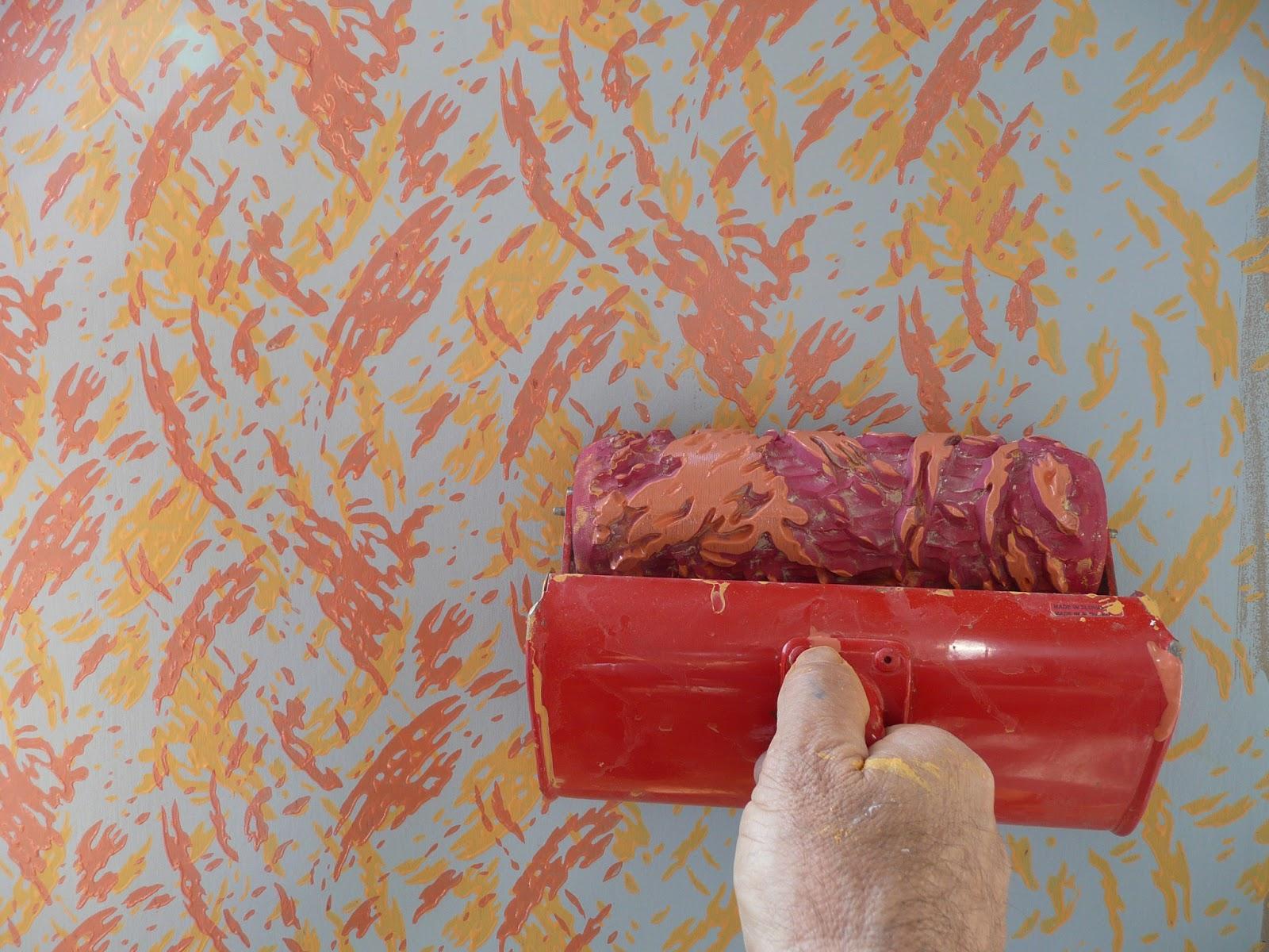 Рисунок валиком на стене
