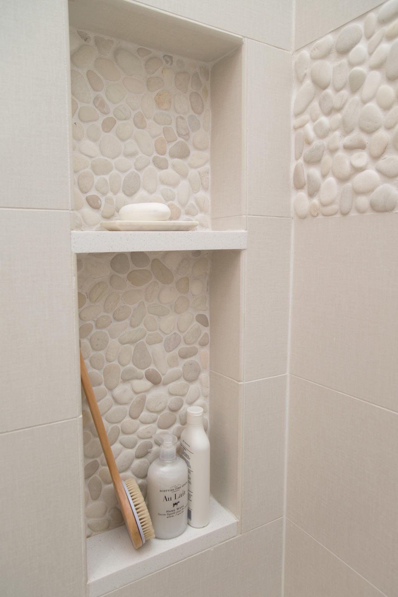 Ниша в интерьере ванной