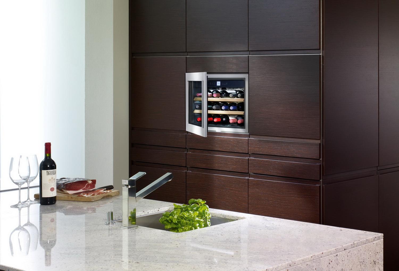 Встраиваемый шкаф для вина