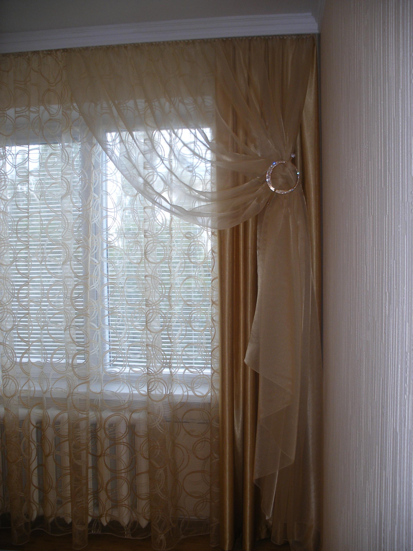 Декоративная заколка для штор