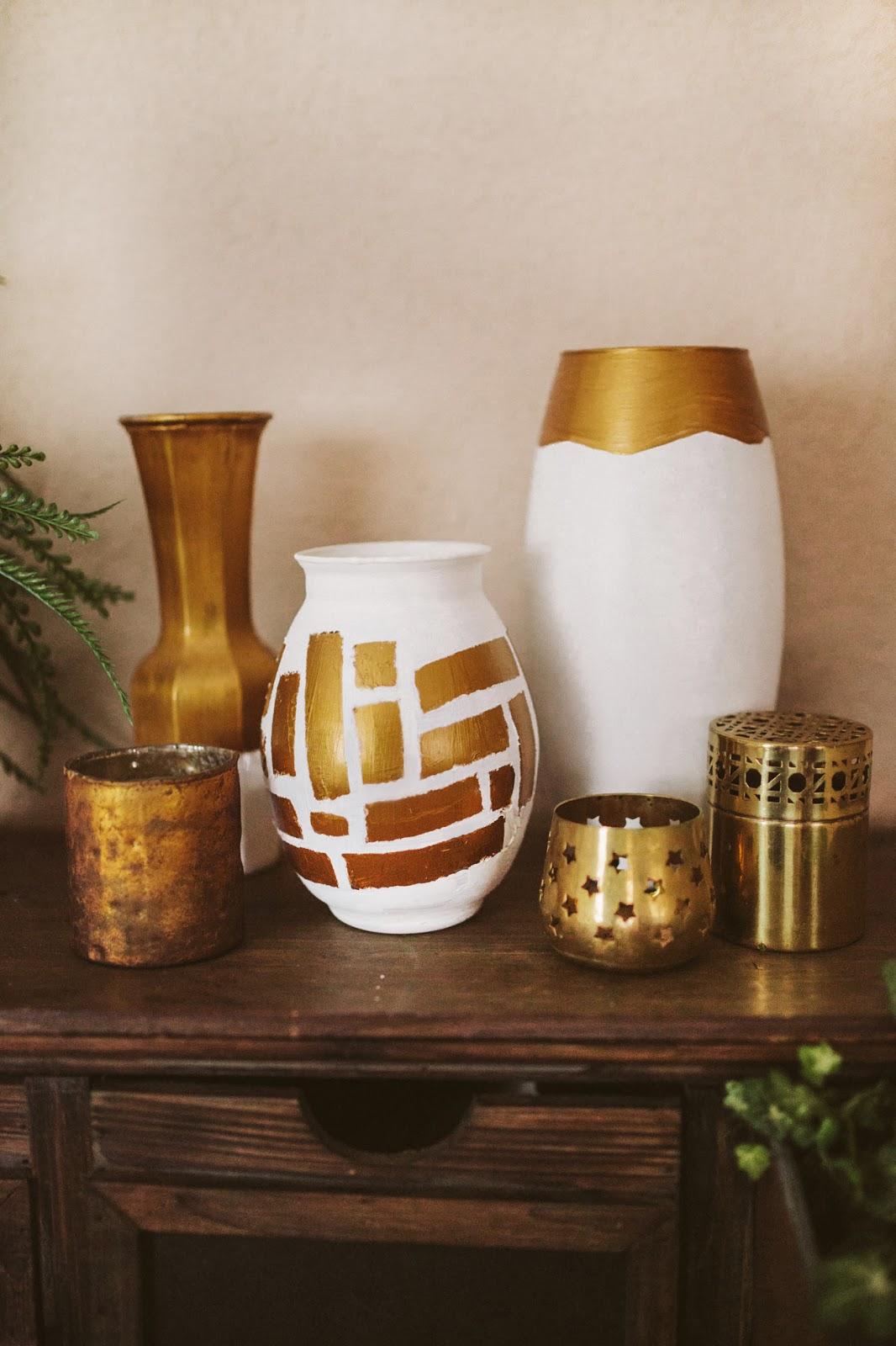 Декор вазы золотой краской