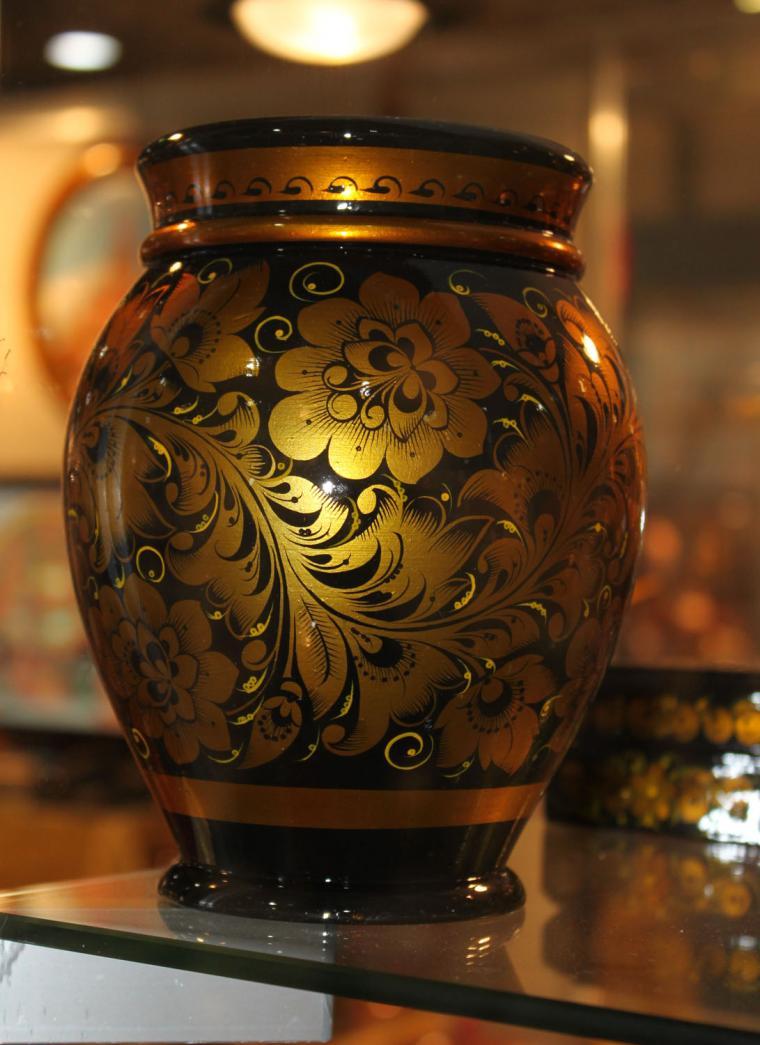 Хохломская роспись золотом
