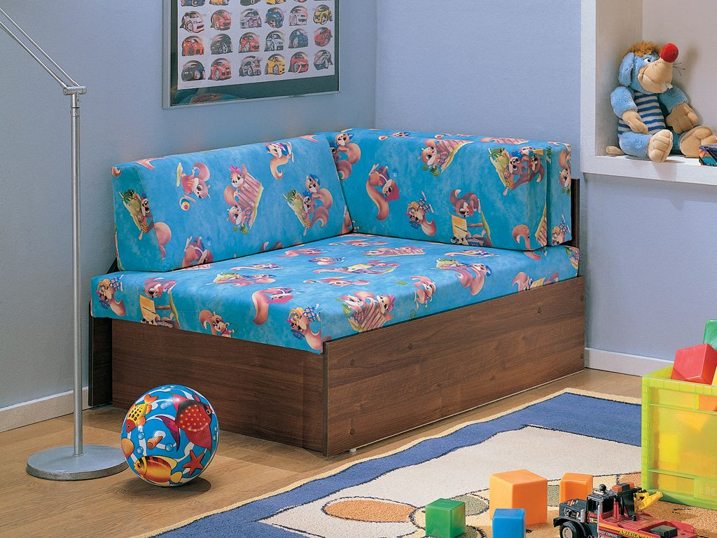 Кресло-кровать с белочками
