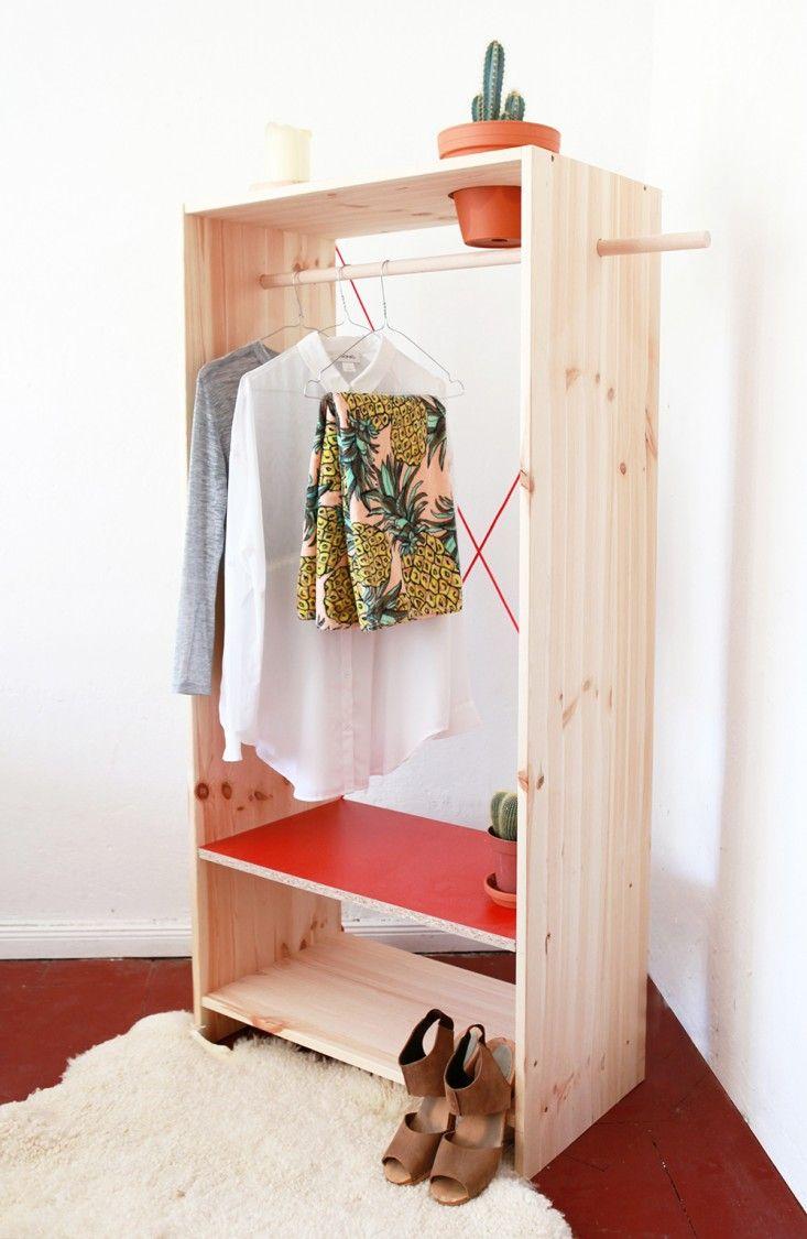 Шкаф-пенал без дверок