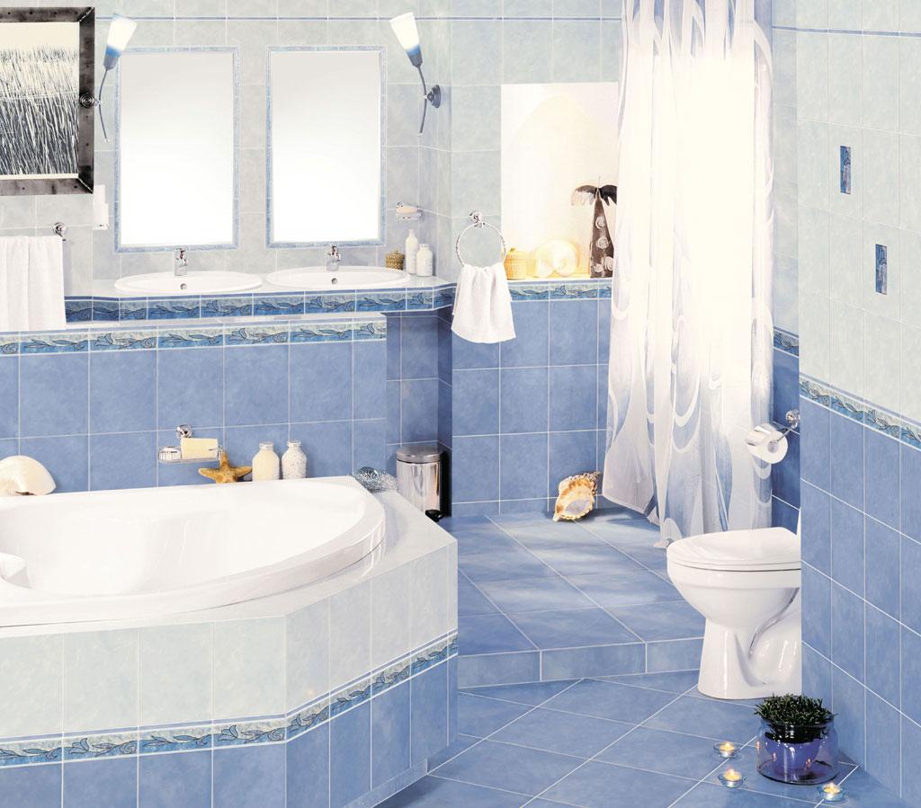 Голубая плитка с бордюром в ванной