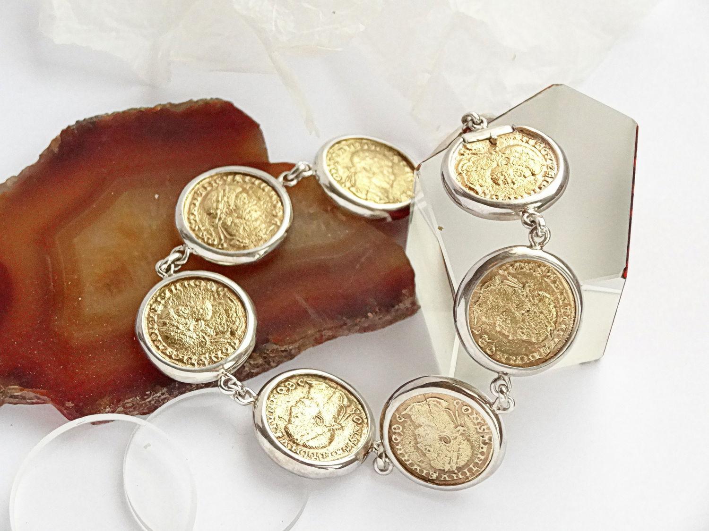 Браслет из монет