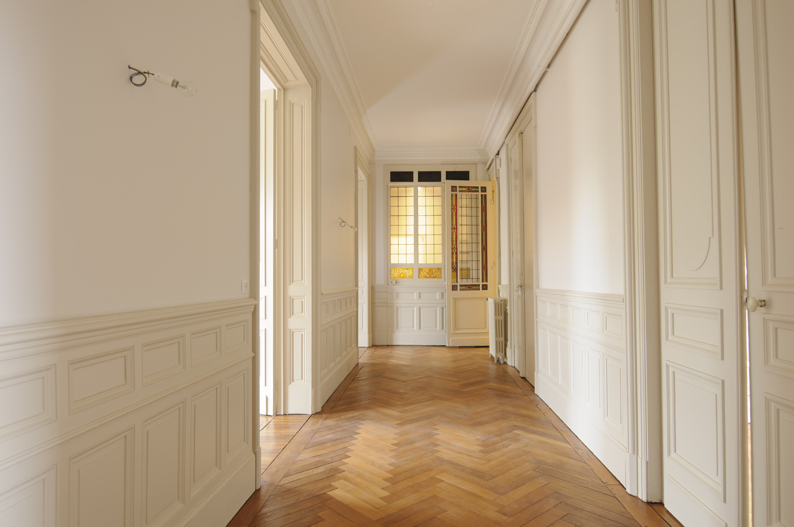 Стеновые панели для коридора классические