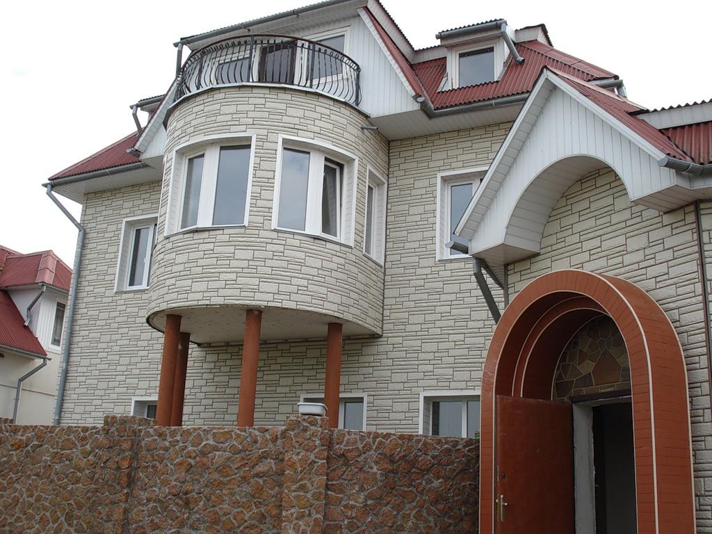 Цокольные фасадные панели