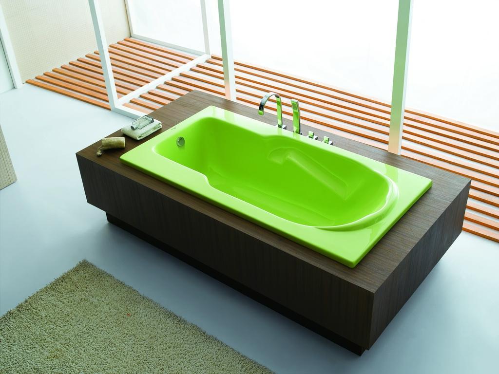 Реставрация ванны цветной эмалью