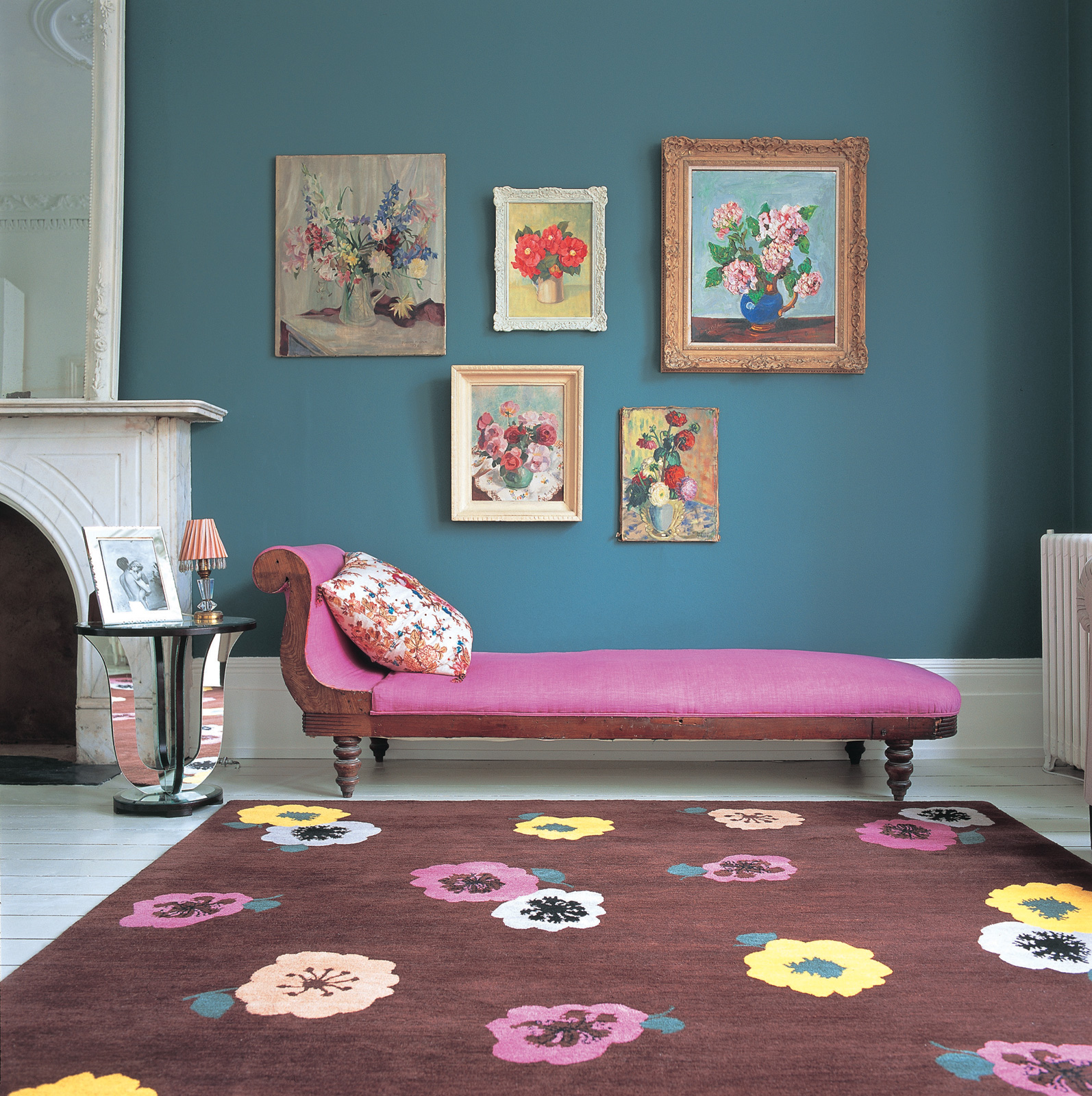 Шерстяной ковер с цветами
