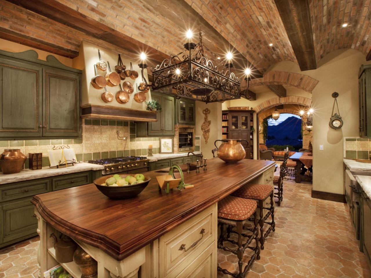 Декор в тосканском стиле на кухне