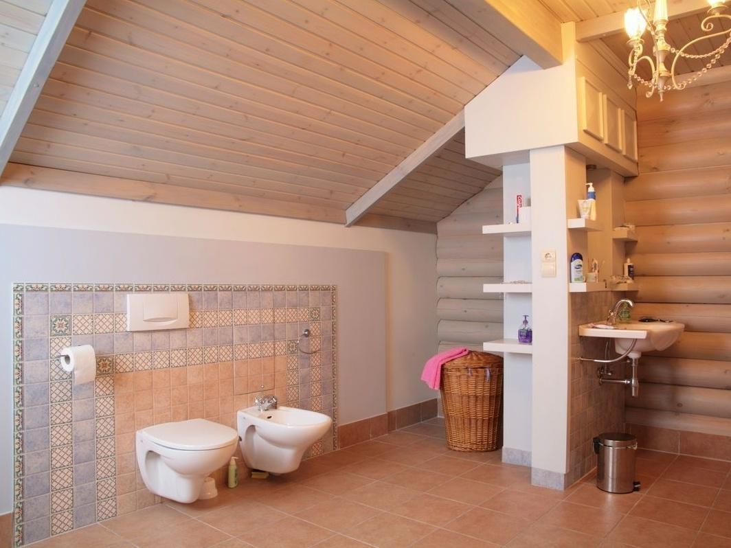 Вытяжка в ванной в деревянном доме