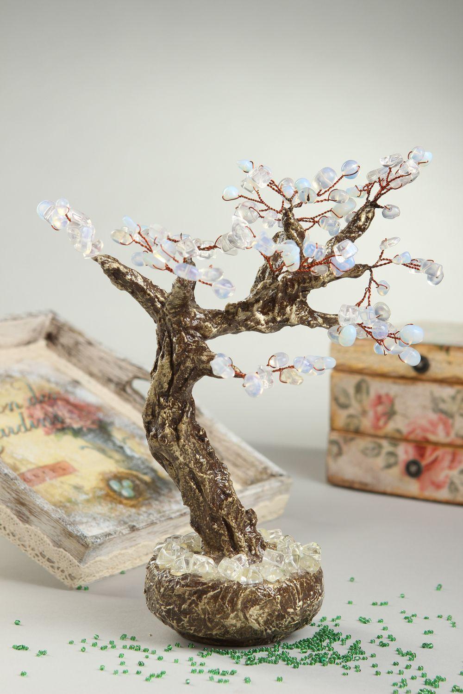 Дерево из камней