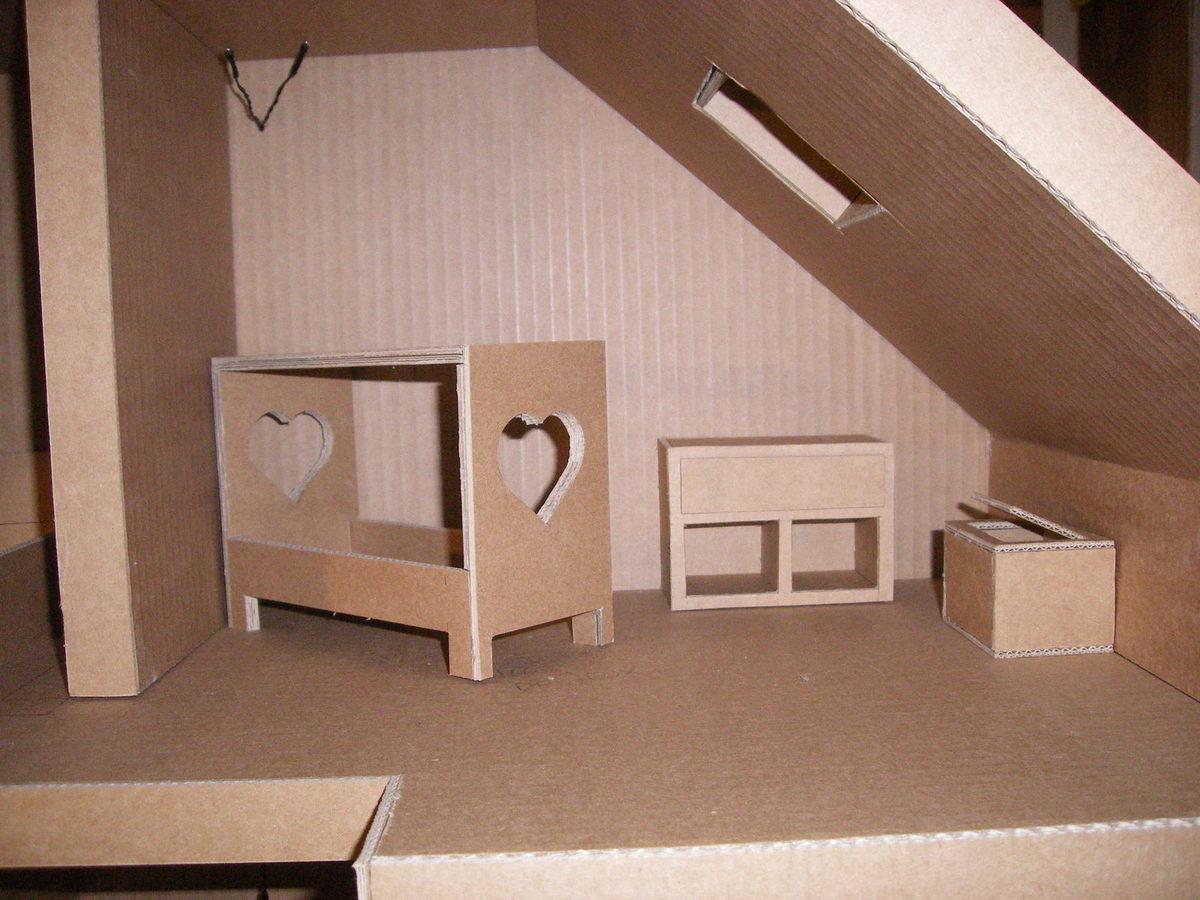 Детская мебель из картона для кукольного домика