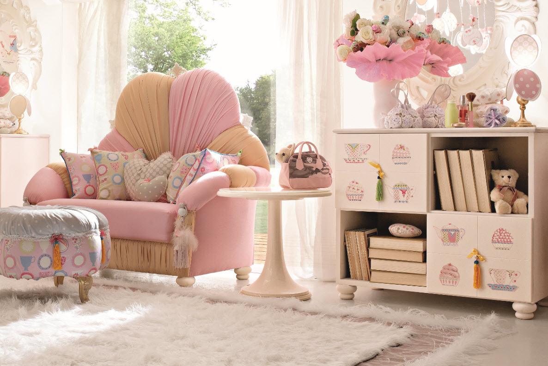 Детское кресло-кровать для девочки