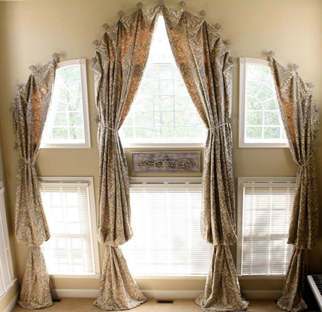 Шторы на арочное окно в доме