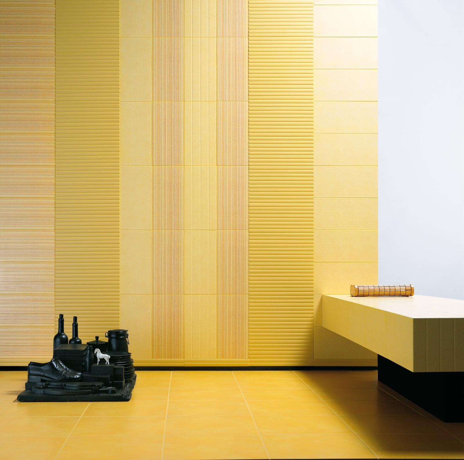 Желтая фактурная плитка