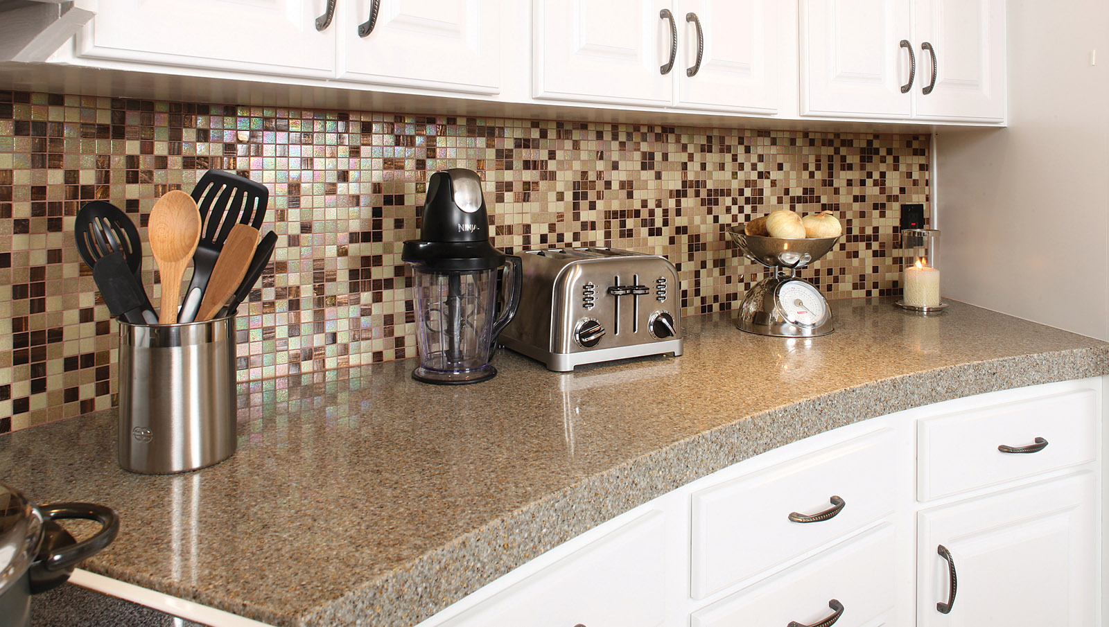 Удаление пятен с плитки кухонного фартука