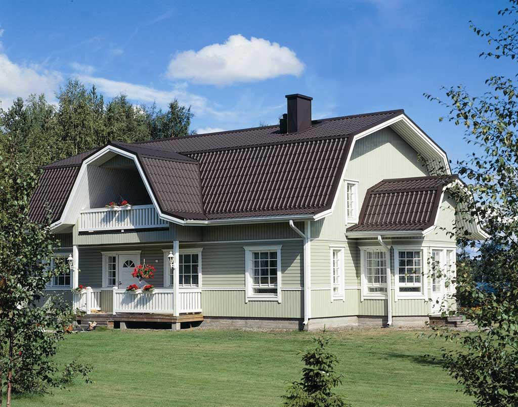 Необычная форма крыши с мансардой