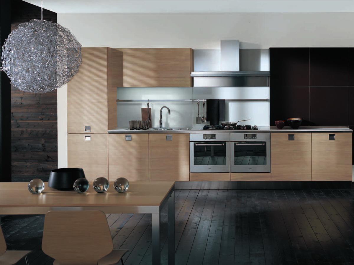 Кухонный гарнитур в конструктивистском стиле