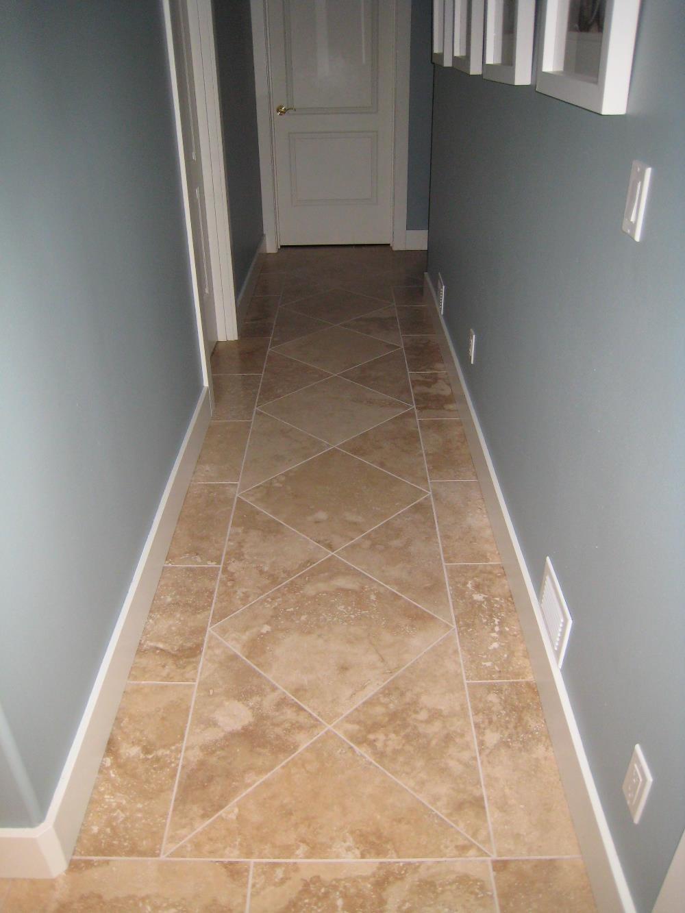 Плитка по диагонали в коридоре