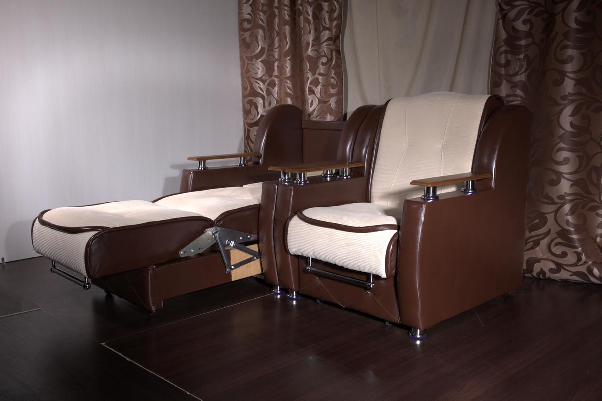 Кресло-кровать из кожи