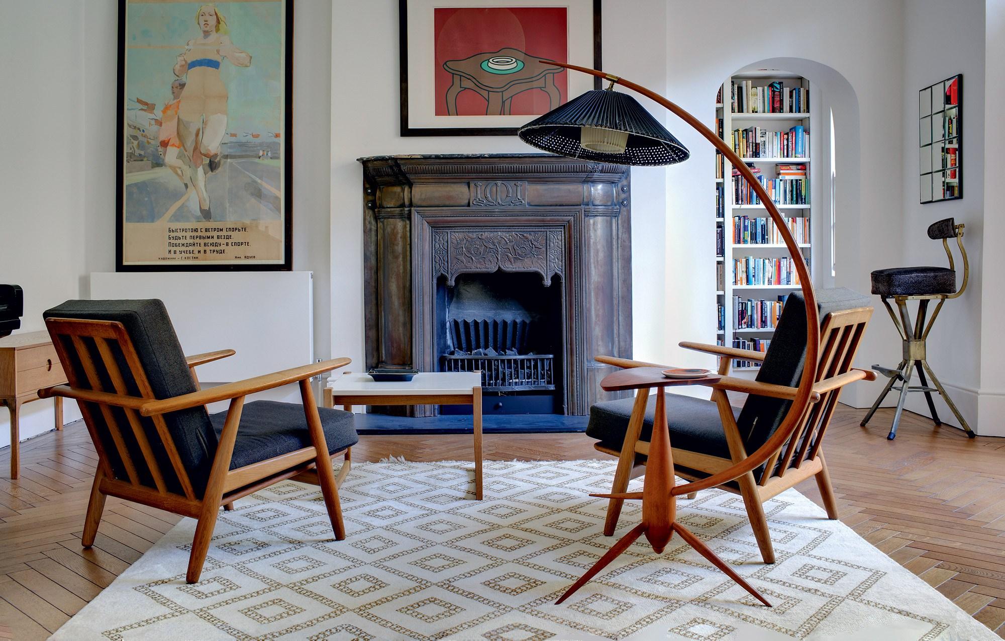 Отреставрированные советские кресла