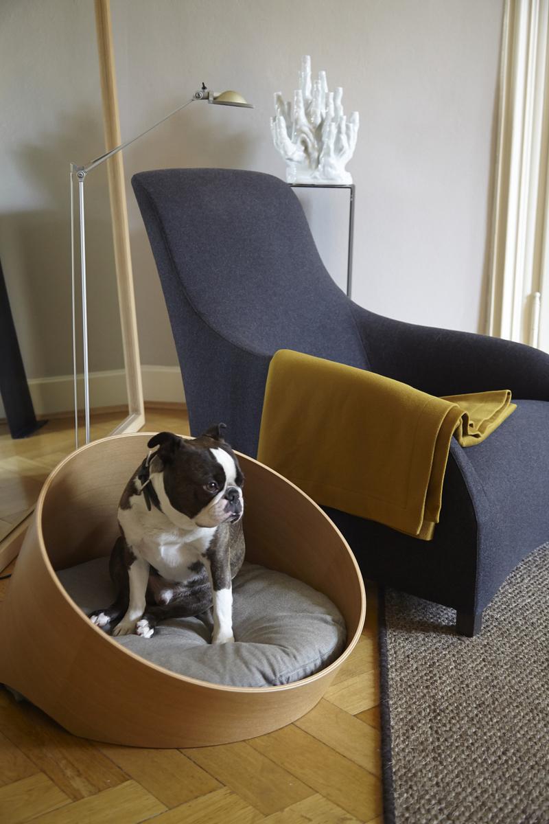 Круглая лежанка для собаки