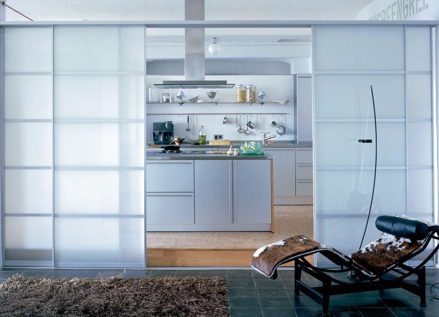 Перегородка между кухней и гостиной в интерьере лофт