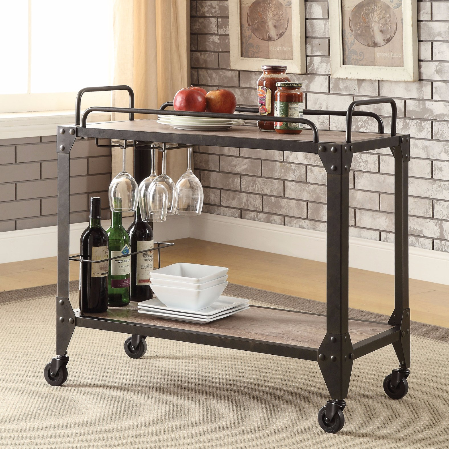 Сервировочный столик в стиле лофт