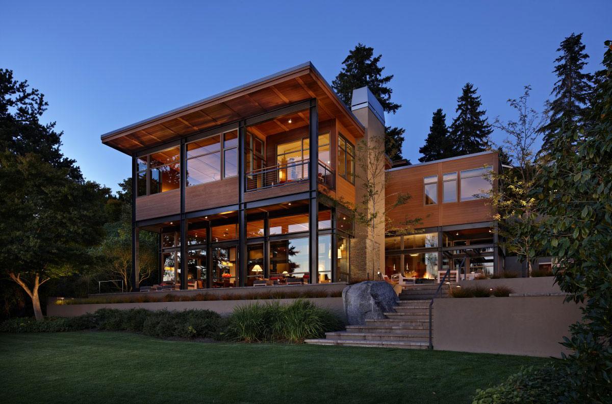 Проект дома из пеноблоков с металлическими опорами