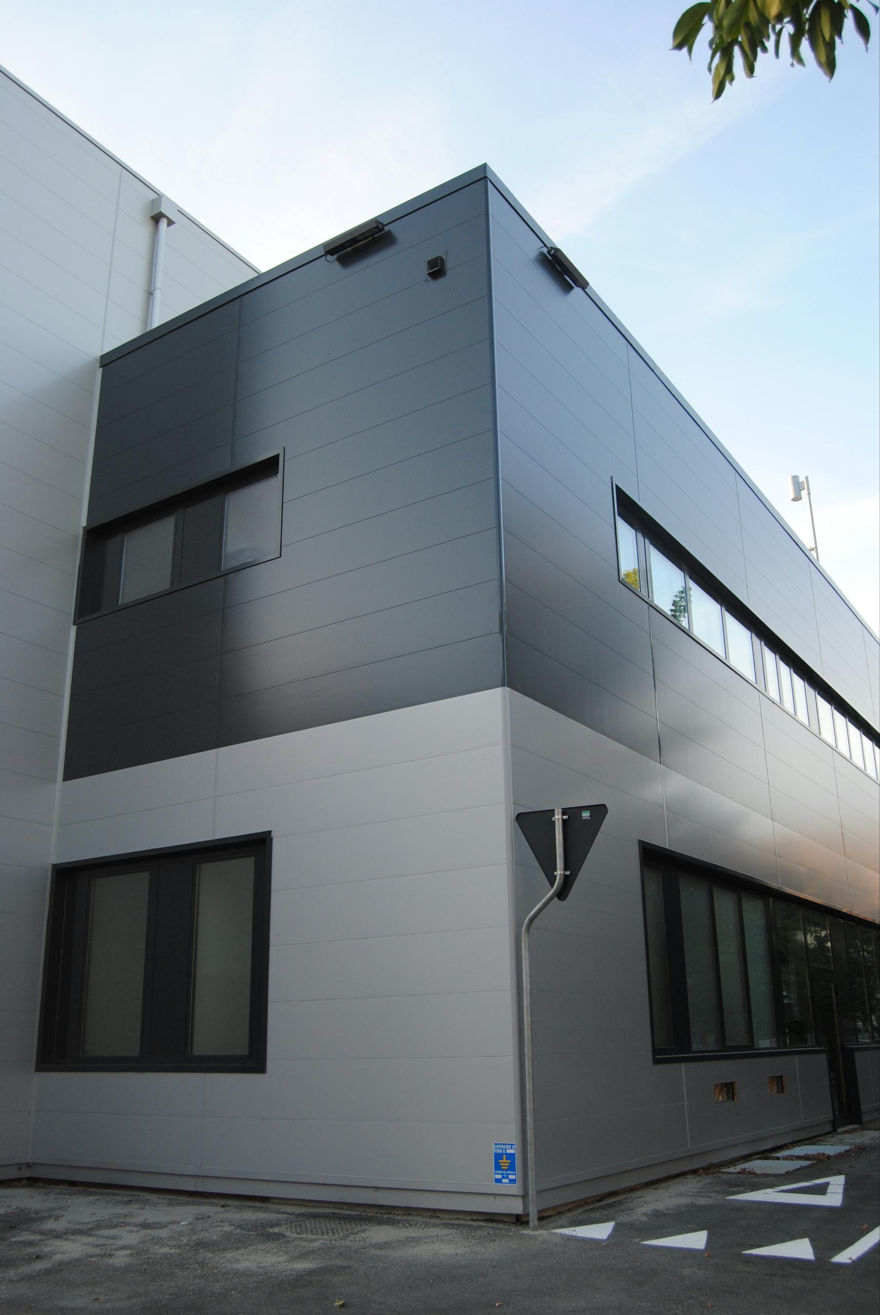 Фасадные панели под металл