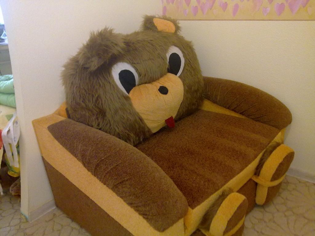 Детское кресло-кровать в виде мишки