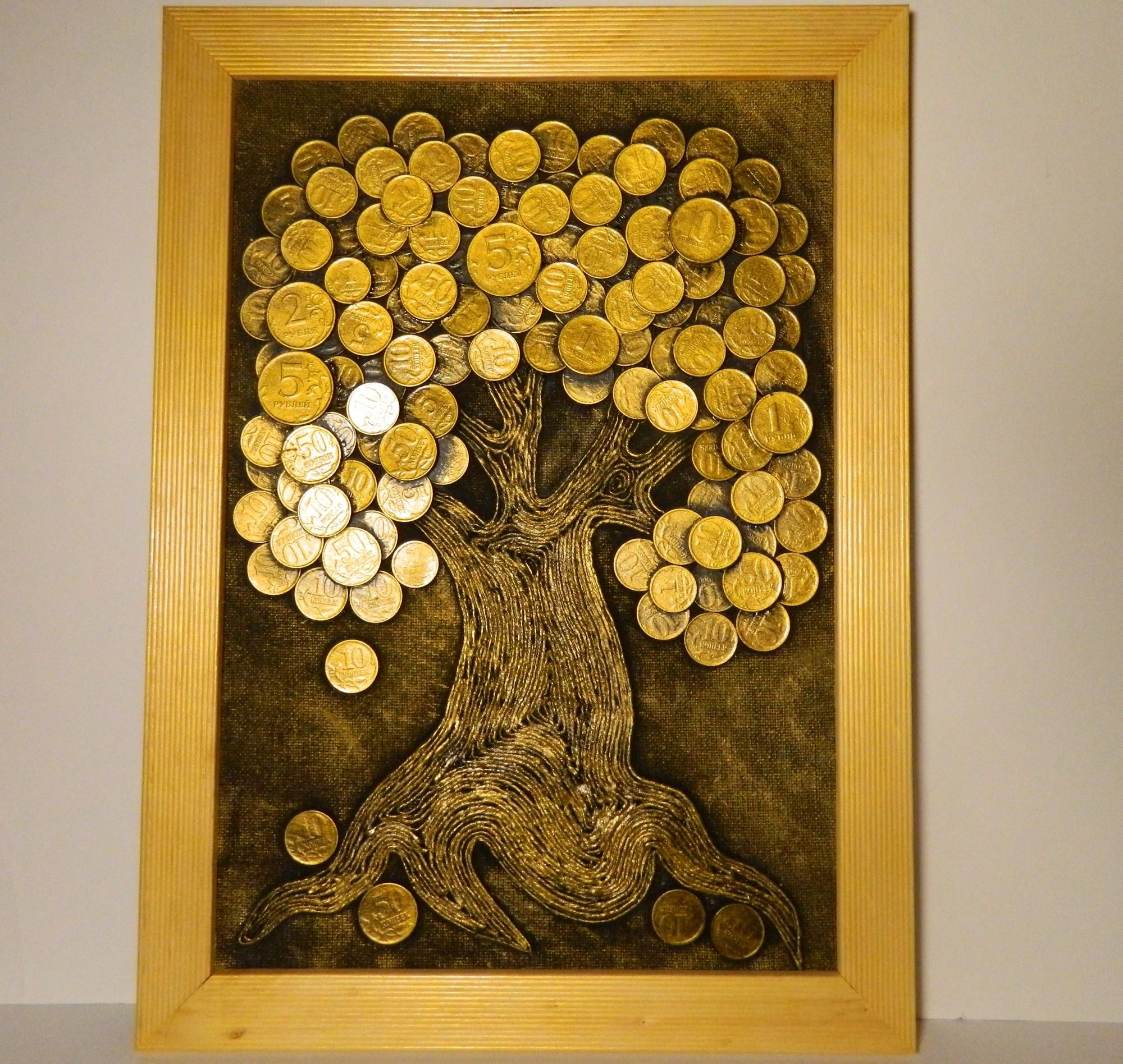 Объемная картина из монет