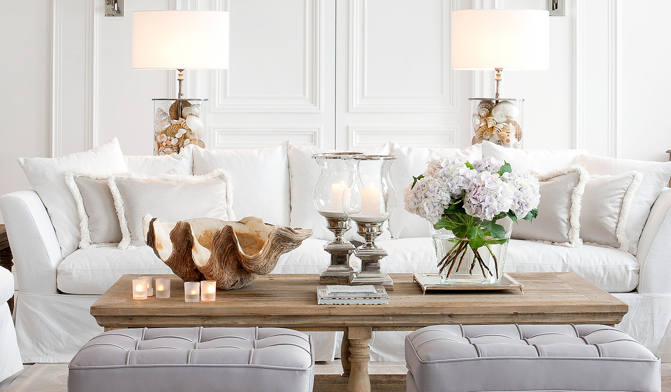 Белый диван в морском стиле