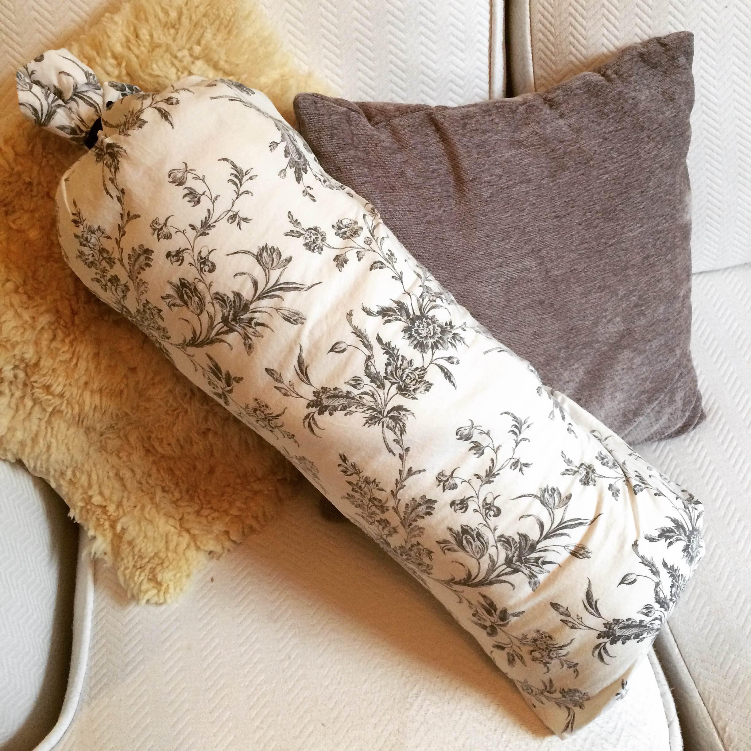 Подушка-валик для ног