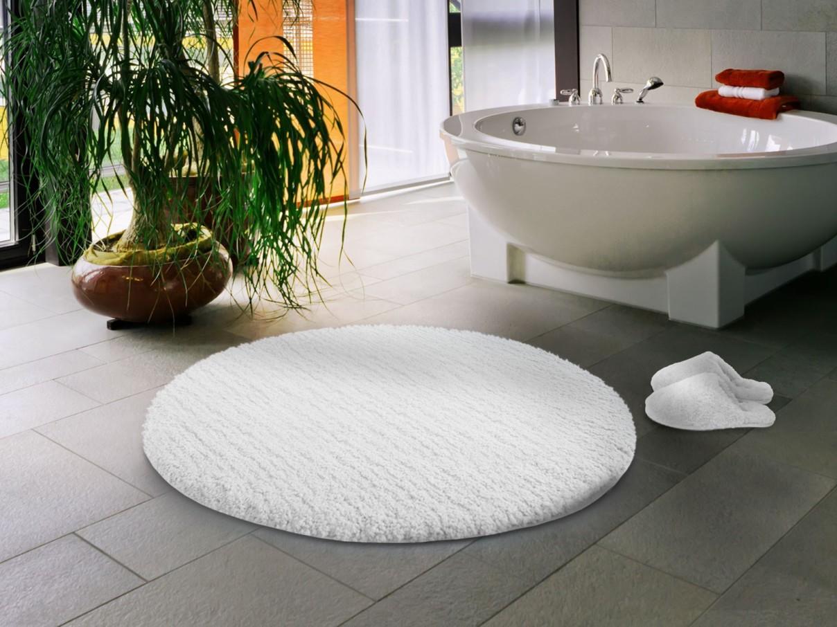 Круглая ванна на ножках