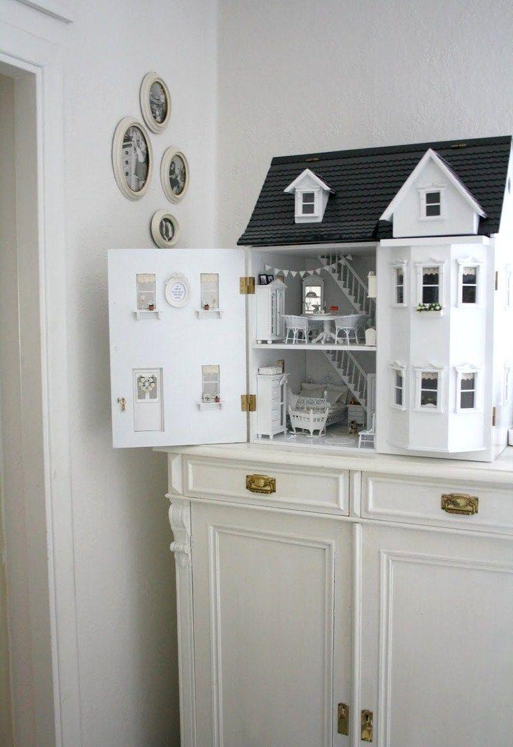 Окна из картона в кукольном домике