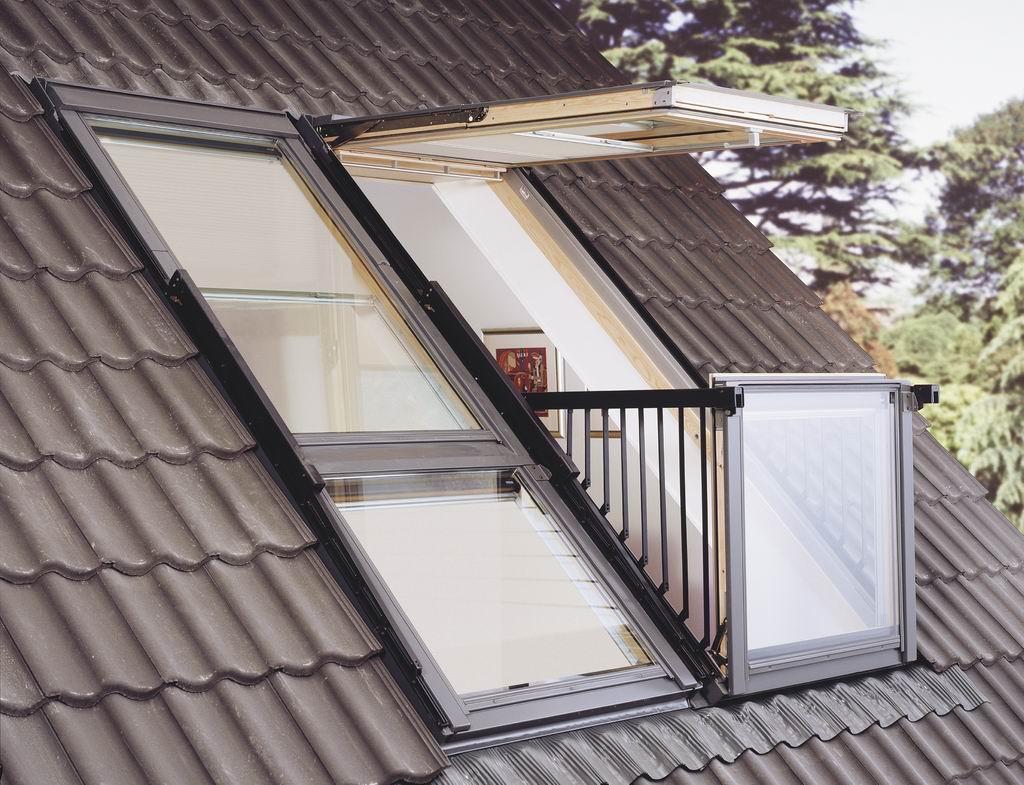 Окно на крыше с мансардой