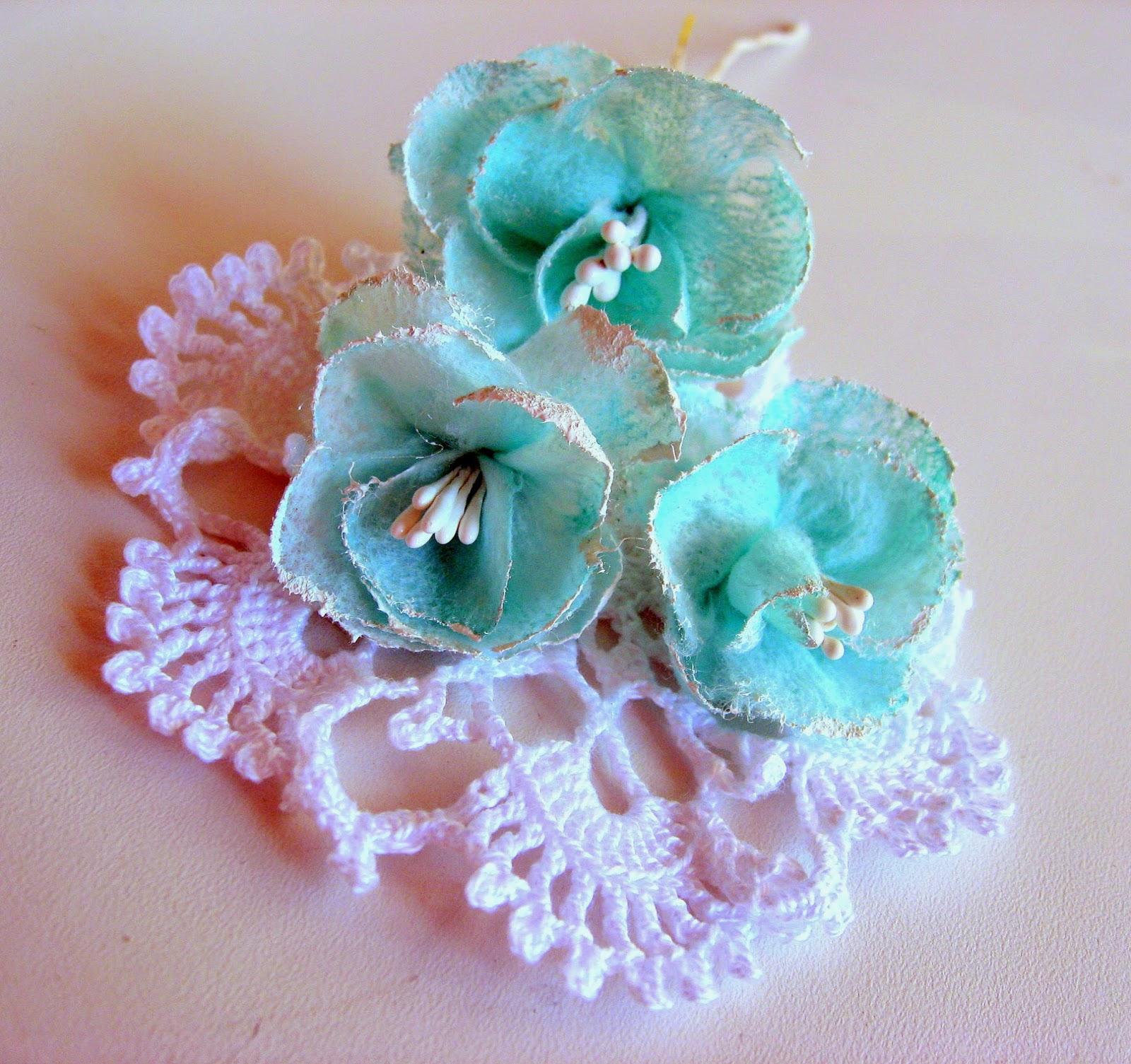 Цветы из салфеток и ватных палочек
