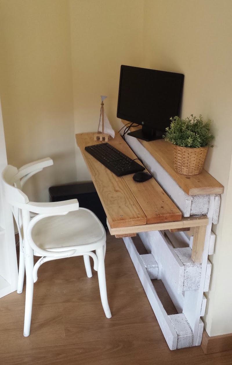Откидной стол из поддонов