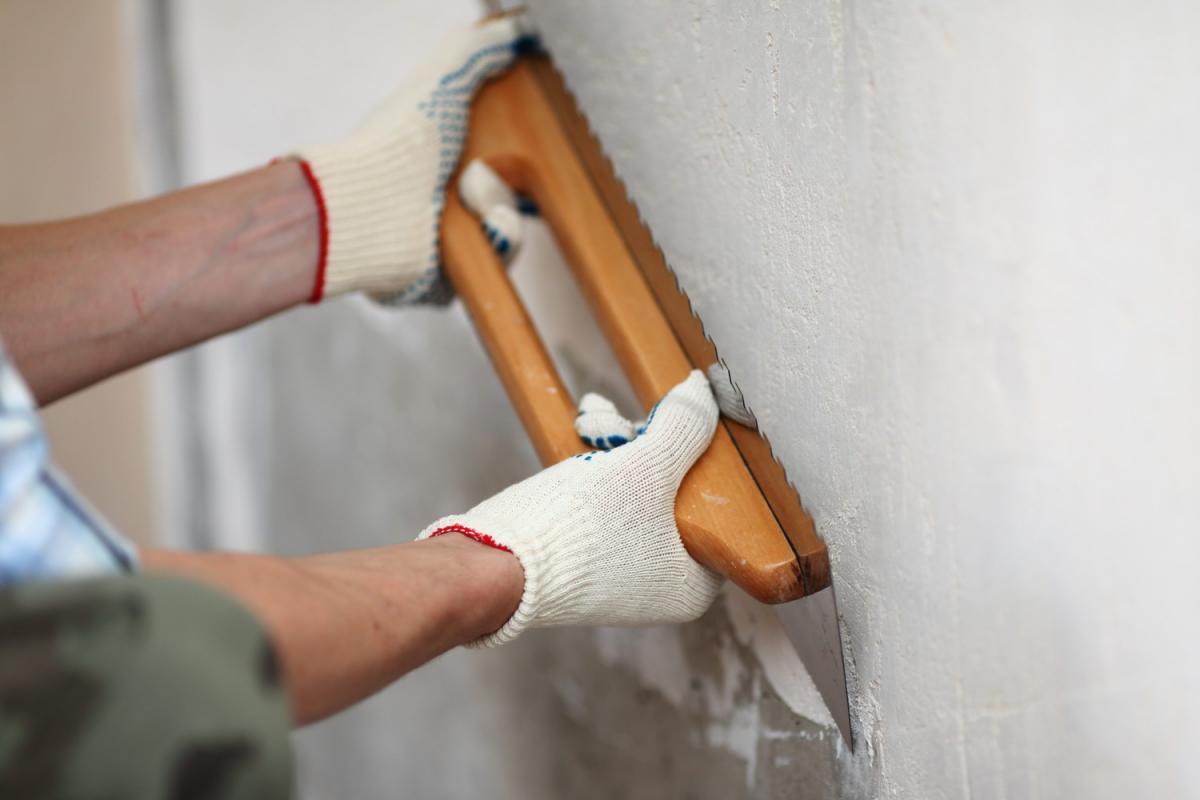 Подготовка стен перед нанесением штукатурки