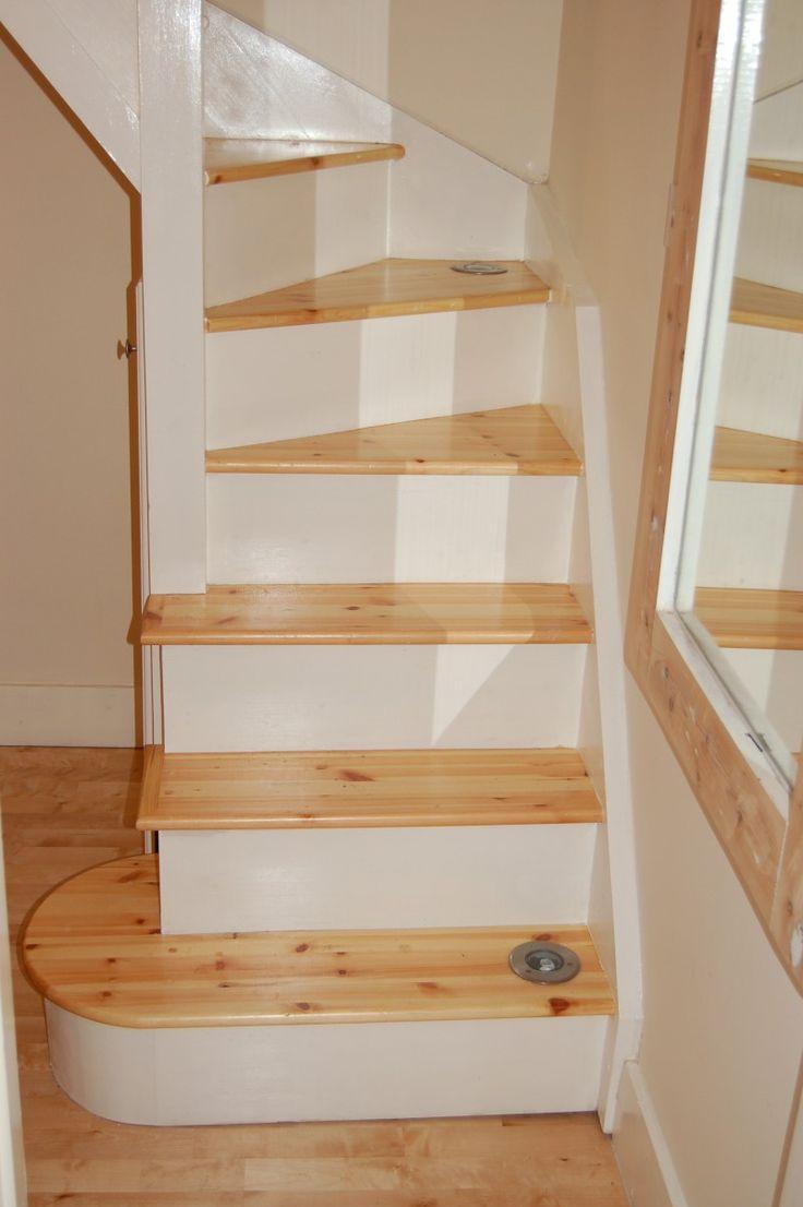 Чердачная лестница с подсветкой
