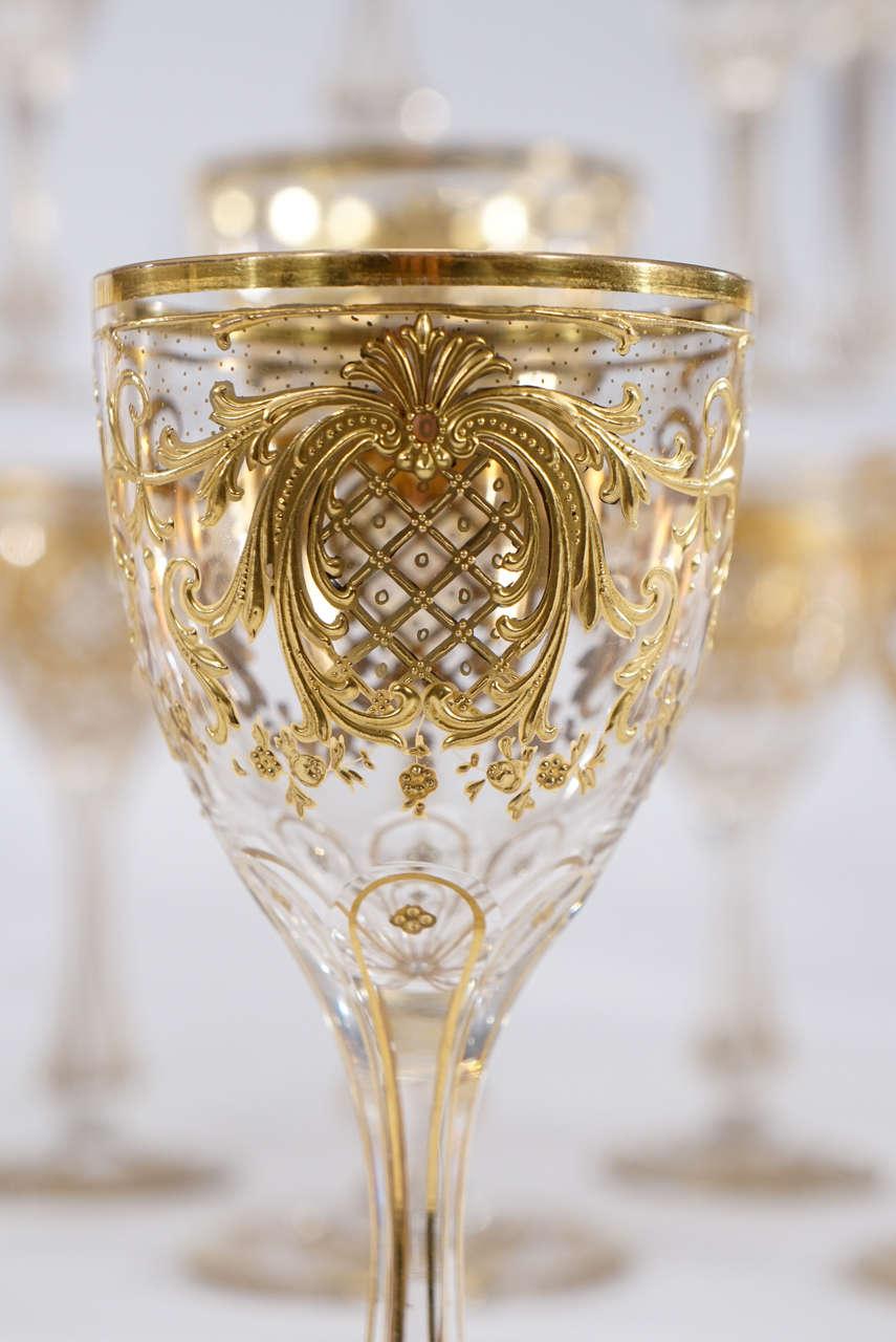 Хрустальный бокал с позолотой