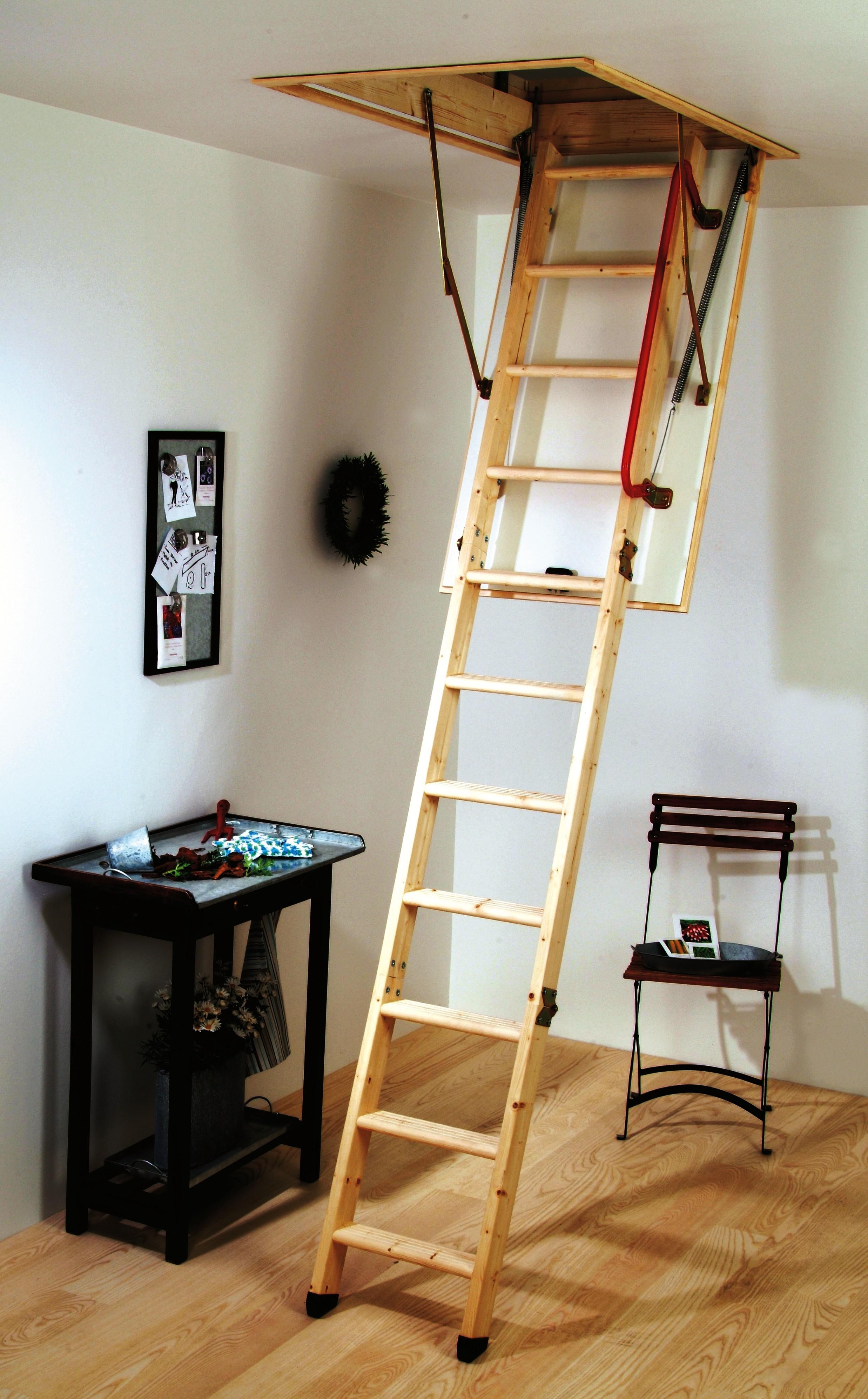 Раздвижная лестница на чердак