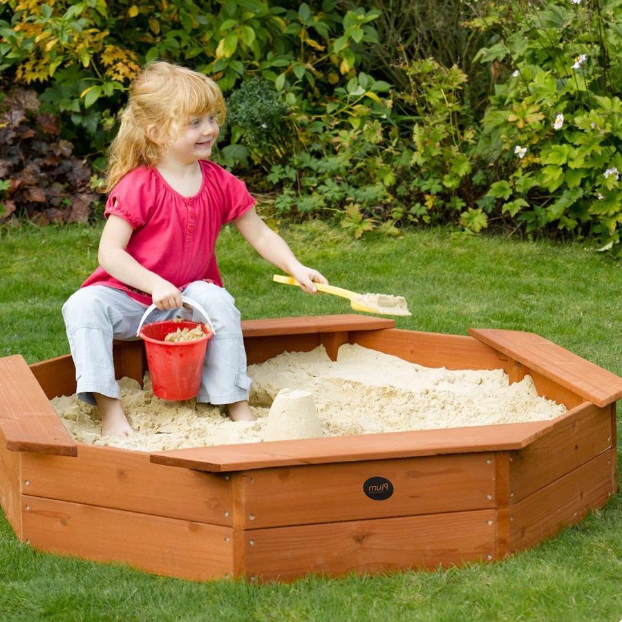 Детская песочница с речным песком